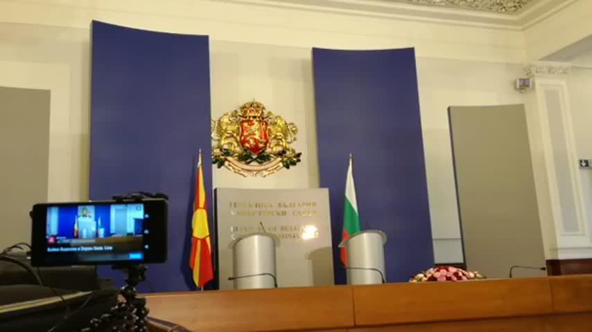 Бойко Борисов и Зоран Заев след срещата на четири очи