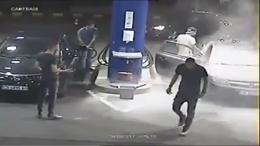 Перничанин запали цигара на софийска бензиностанция