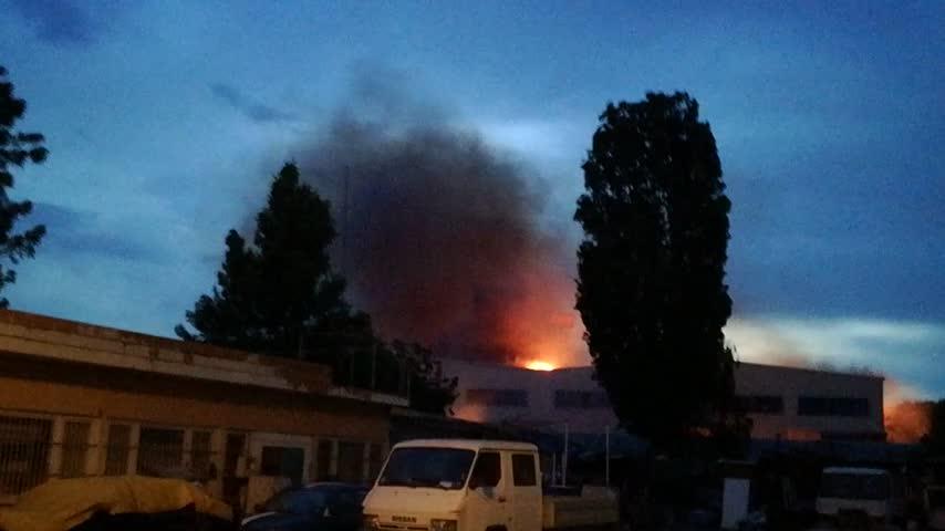 Пожар при складовете на Аванти 2